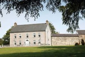Dundrum House & Self-Catering